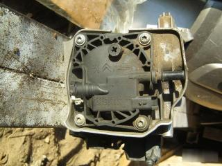Запчасть корпус топливного фильтра Ford C-Max 2003