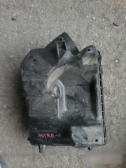 Запчасть корпус фильтра Opel Astra 2004