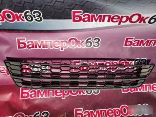 Запчасть решетка в бампер Skoda Yeti 2009