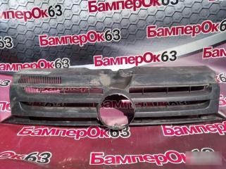 Запчасть решетка радиатора Volkswagen Transporter 2010