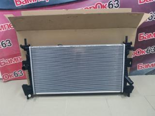 Запчасть радиатор охлаждения Ford Focus 2011
