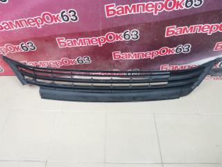 Запчасть решетка в бампер передняя Toyota RAV 4 2013