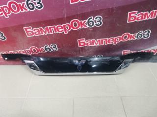 Запчасть накладка двери багажника задняя Mitsubishi Outlander 2012