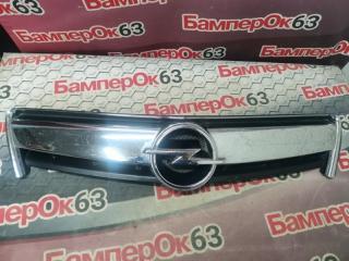 Запчасть решетка радиатора передняя Opel Antara 2006