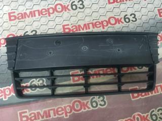 Запчасть решетка в бампер передняя Ford Focus 2011