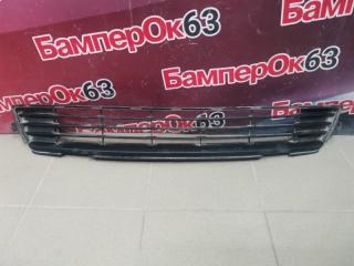 Запчасть решетка в бампер передняя Toyota Corolla 2010