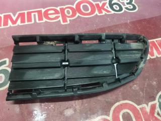 Запчасть решетка в бампер передняя правая Toyota Rav4 2013