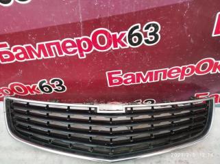 Запчасть решетка радиатора Chevrolet Cruze 2012