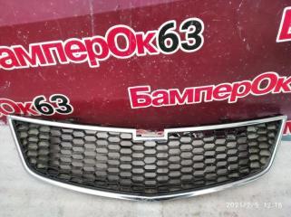 Запчасть решетка радиатора Chevrolet Spark 2010