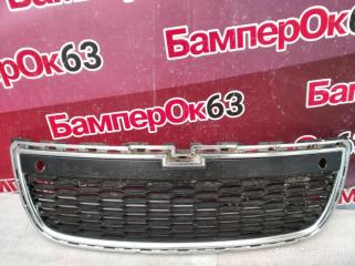 Запчасть решетка радиатора Chevrolet Captiva 2011