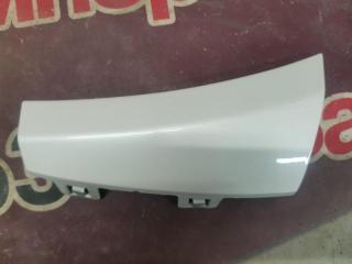 Запчасть накладка бампера передняя правая Mercedes-Benz C-Class 2016