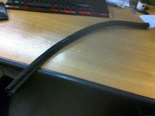 Запчасть уплотнитель стекла (внутренний) задний правый Chery M11 2011