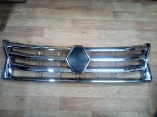 Запчасть хром решетки радиатора Renault Duster 2010-