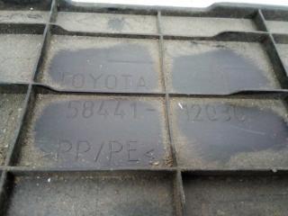 Запчасть накладка (кузов наружные) Toyota Corolla 2006-2013