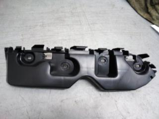 Запчасть крепление бампера левое Renault Duster 2012-