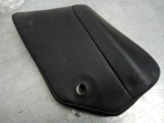 Запчасть накладка внутренняя левая Porsche Cayenne 2003-2010