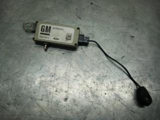 Запчасть усилитель антенный Cadillac CTS 2010