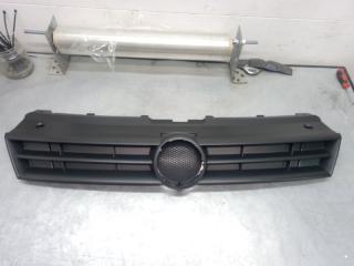 Запчасть решетка радиатора Volkswagen Polo 09-