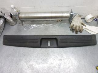Запчасть обшивка багажника Dodge Nitro 2008