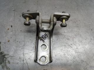 Запчасть петля двери задняя правая Mitsubishi Lancer 9 2005