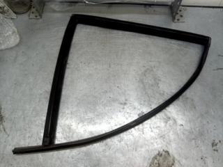Запчасть уплотнитель стекла двери задний левый Hyundai Santa Fe 2001