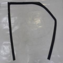 Запчасть уплотнитель стекла двери передний правый Lifan Smily 2012