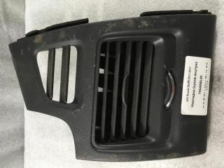 Запчасть накладка (кузов внутри) Suzuki Swift 2011-2017