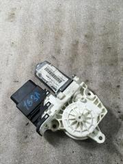 Запчасть моторчик стеклоподъемника VW Touran 2003-2010