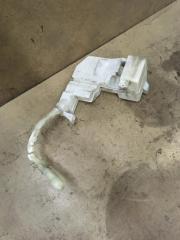 Запчасть бачок омывателя лобового стекла Honda Civic 5D 2006-2012