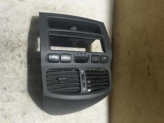 Запчасть накладка (кузов наружные) Hyundai Santa Fe (SM) 2000-2005
