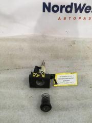 Запчасть накладка (кузов внутри) Audi 100 (C4) 1991-1994
