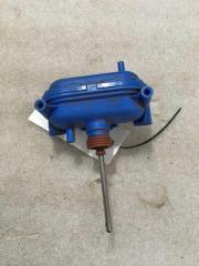 Запчасть активатор замка крышки бензобака Audi 100 (C4) 1991-1994
