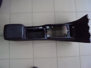 Запчасть подлокотник Volvo V50 2006