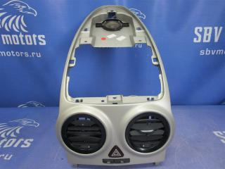 Запчасть накладка центральной консоли Opel Corsa D 2008