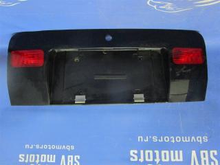 Запчасть накладка под номер Audi Allroad 1999