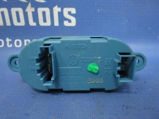 Запчасть резистор отопителя Volkswagen Touareg 2006
