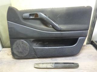 Обшивка двери передняя правая Volkswagen Passat 1995