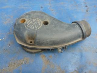 Запчасть воздухозаборник Volkswagen Vento 1992