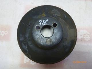 Запчасть шкив помпы ВАЗ 2121 1997