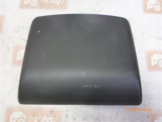 Запчасть накладка крышки багажника задняя Nissan March 2002-2010