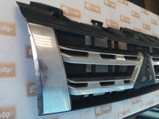 Запчасть решетка радиатора передняя Mitsubishi Pajero 2011-2015