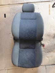Запчасть сиденье переднее правое Skoda Felicia 1997
