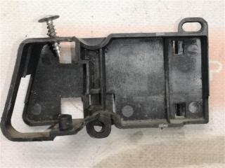 Запчасть ручка двери внутренняя левая Volkswagen Passat 4