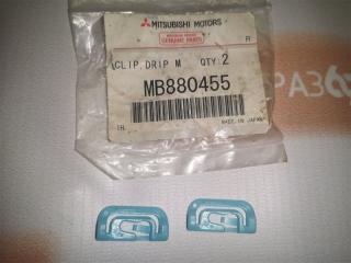Запчасть клипса Mitsubishi Pajero 2