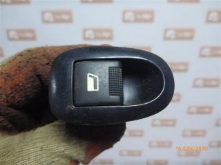 Запчасть кнопка стеклоподъемника задняя левая Peugeot 406 2003