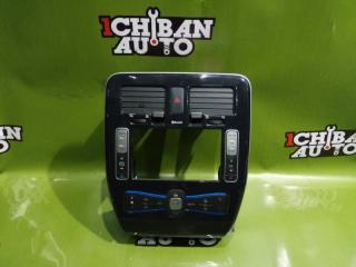 Запчасть консоль магнитофона NISSAN LEAF 2011