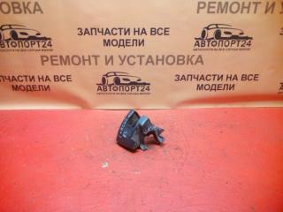 Запчасть кронштейн заднего бампера правый Lada Largus 2012-2018