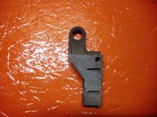 Кронштейн головки блока цилиндров Renault Kangoo 1 1997-2008