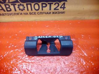 Запчасть накладка ответной части багажника Renault Duster 2009-2014