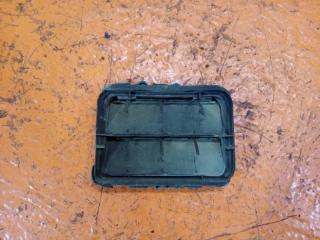 Запчасть решетка вентиляционная задняя правая Renault Sandero 1 2008-2014